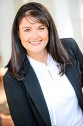 Elmarie Roos, estate agent